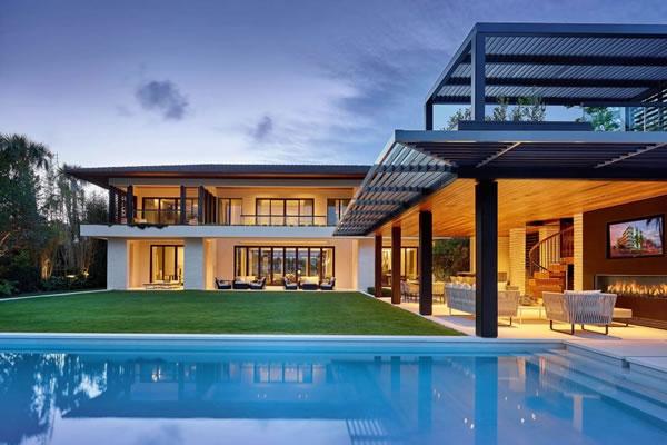 Zaragoza 2012 empresa constructora